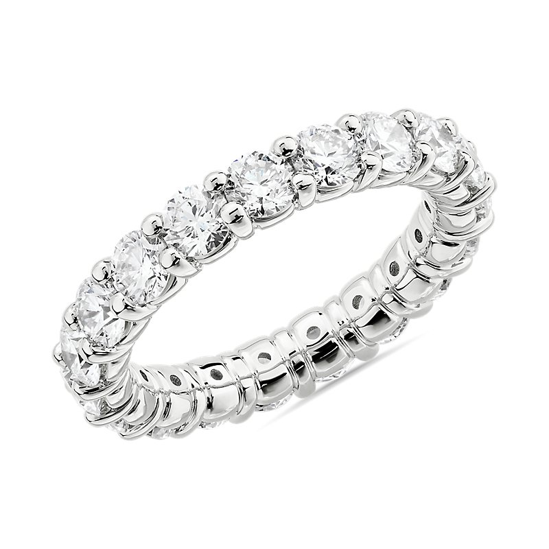 Comfort Fit Round Brilliant Diamond Eternity Ring in 14k White Go