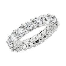 18k 白金內圈卜身設計閃亮圓形鑽永恆戒指(5 克拉總重量)