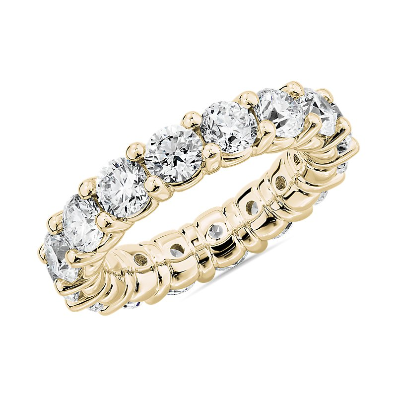 Comfort Fit Round Brilliant Diamond Eternity Ring in 18k Yellow G