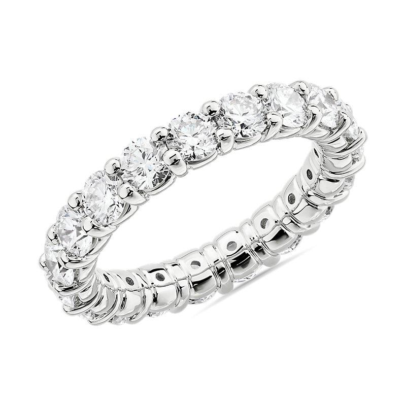 Comfort Fit Round Brilliant Diamond Eternity Ring in Platinum (3