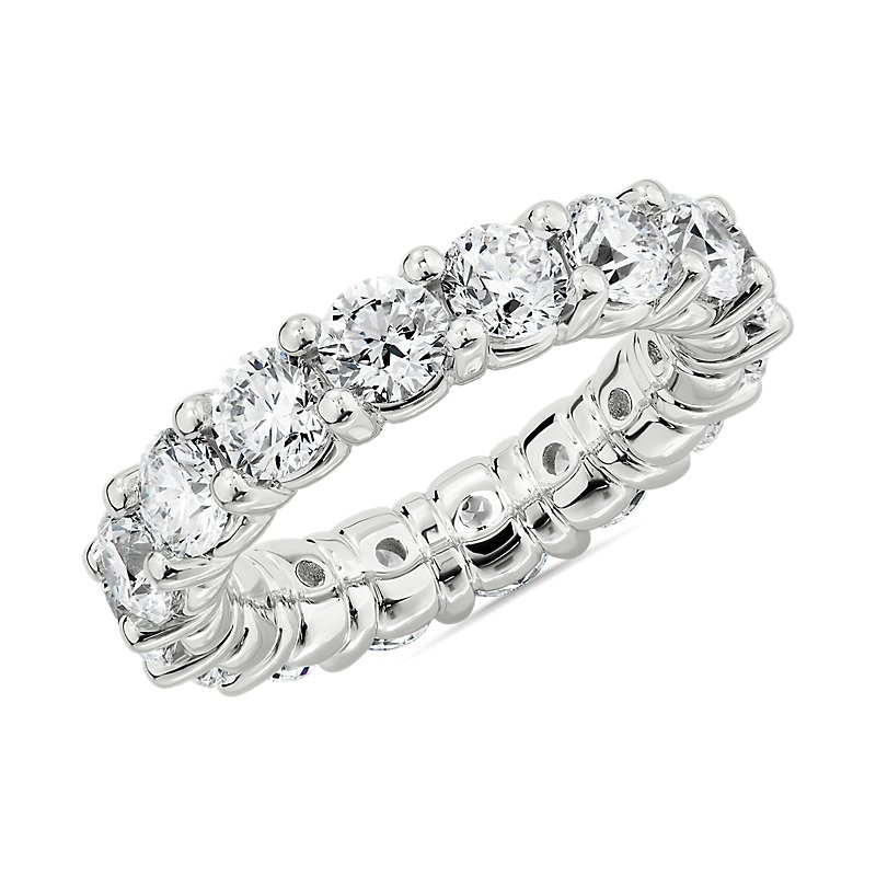 Comfort Fit Round Brilliant Diamond Eternity Ring in Platinum (5