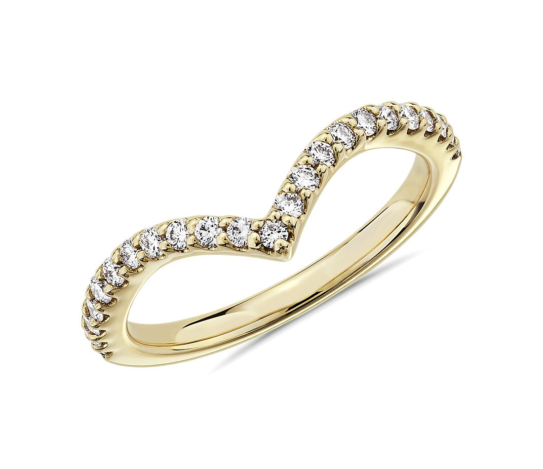 Contemporary V-Shaped Curve Diamond Wedding Ring in 14k Yellow Gold (1/3 ct. tw.)