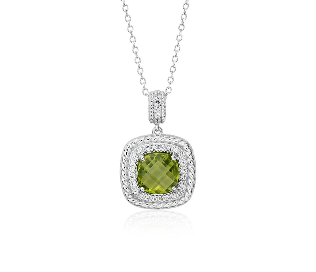 Corda Cushion-Cut Peridot Halo Pendant in Sterling Silver (8mm)