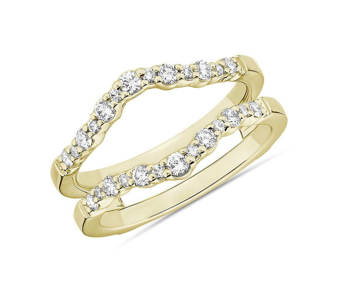 Crescendo Curved Diamond Guard in 14k Yellow Gold (3/8 ct. tw.)