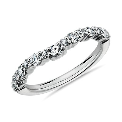 Crescendo Curved Diamond Wedding Ring in 14k White Gold (1/2 ct. tw.)