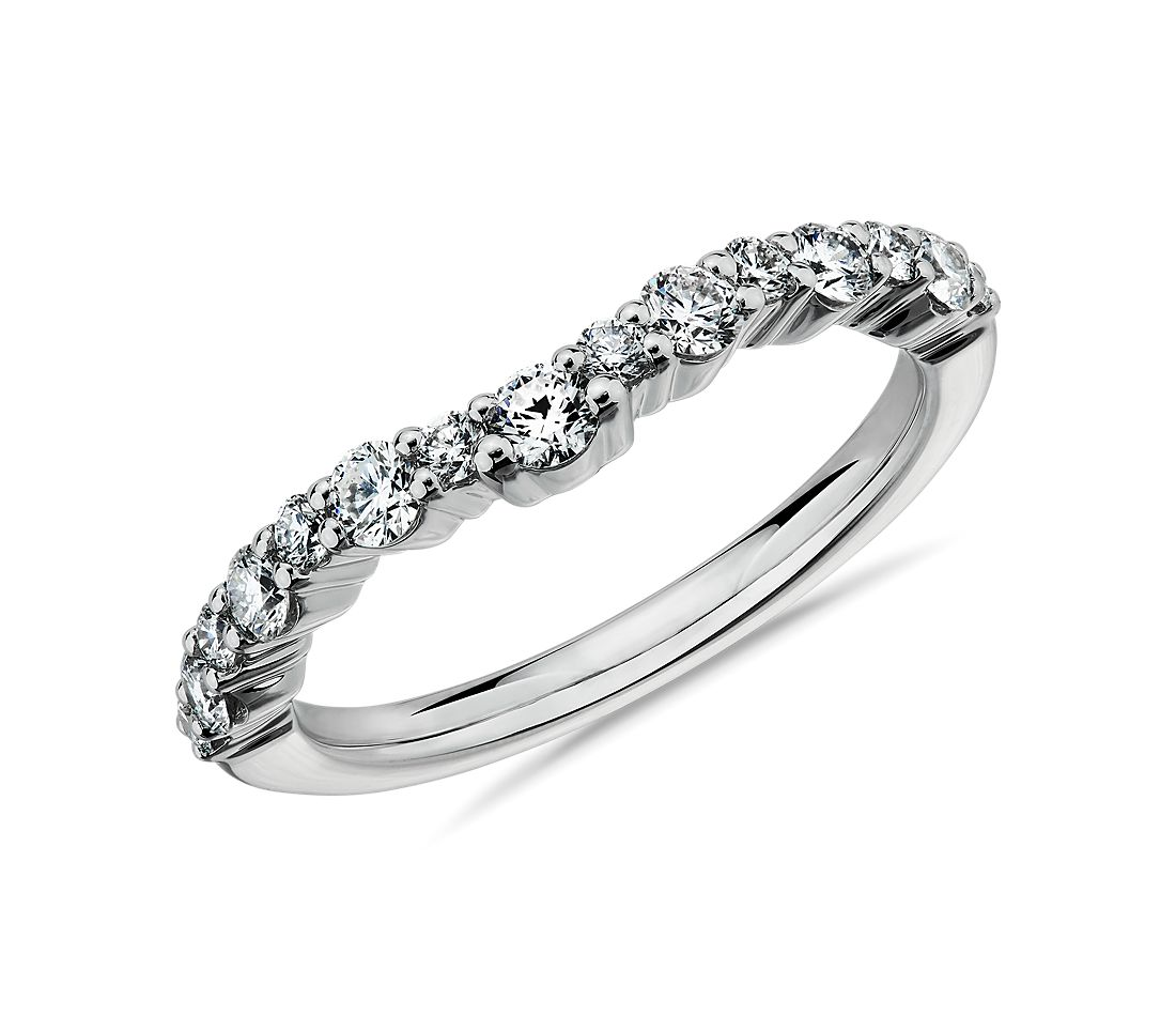 Crescendo Curved Diamond Wedding Ring in 14k White Gold (1/2 ct. tw.)