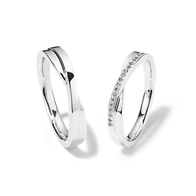 Crossover Set with Diamonds in 18k White Gold