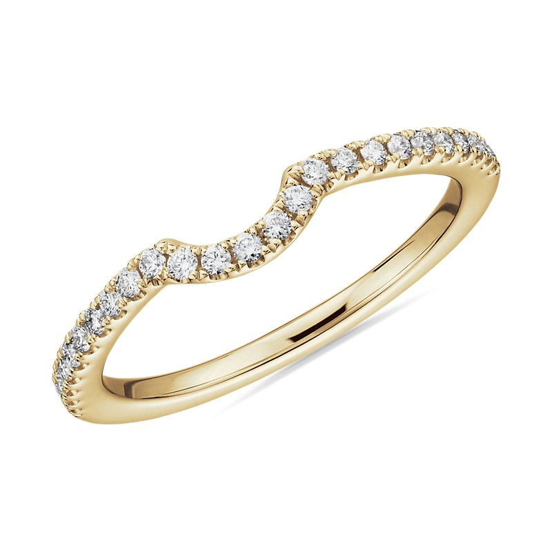 Curved Pavé Diamond Wedding Ring in 14k Yellow Gold (1/6 c
