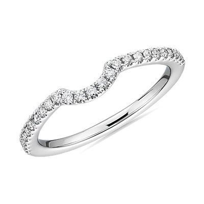NEW Curved Pavé Diamond Wedding Ring in Platinum (1/6 ct. tw.)
