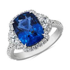 新款 18k 白金墊形藍寶石與半月形鑽石戒指