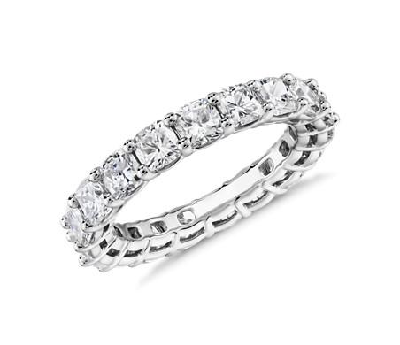 鉑金 墊形切割鑽石永恆戒指<br>(4.0 克拉總重量)
