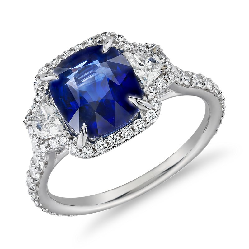 Cushion-Cut Sapphire Ring with Diamond Trapezoid Sidestones in 18