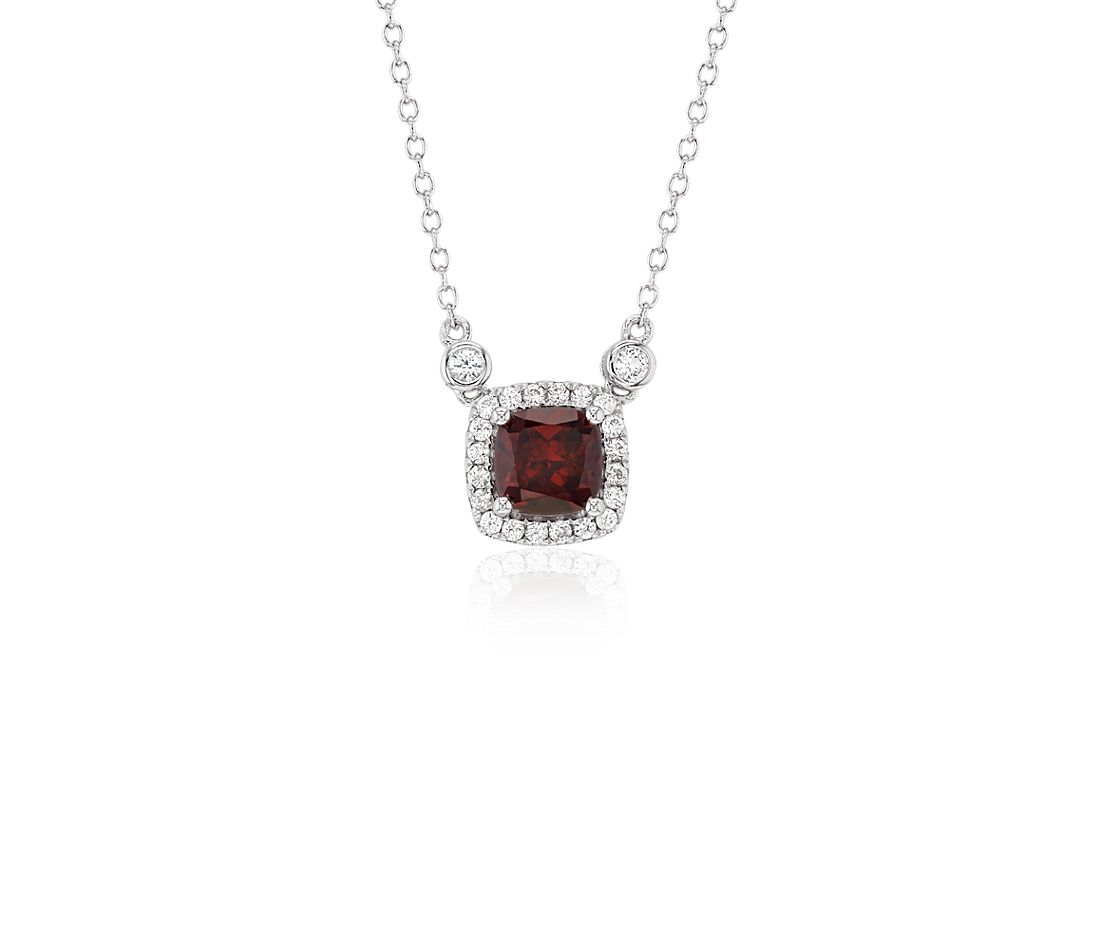 Cushion Garnet White Topaz Halo Pendant in Argent sterling (6 mm)