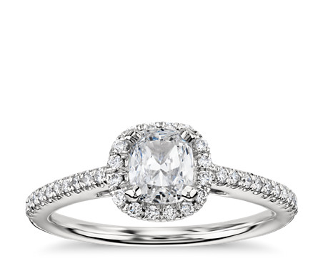 Cushion Cut Halo Diamond Engagement Ring In 14k White Gold (1/4 Ct