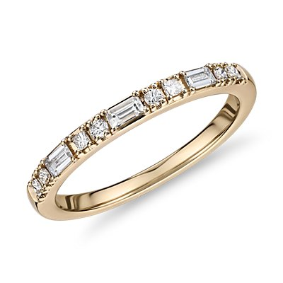 Dot Dash Diamond Ring in 14k Yellow Gold (1/4 cttw)