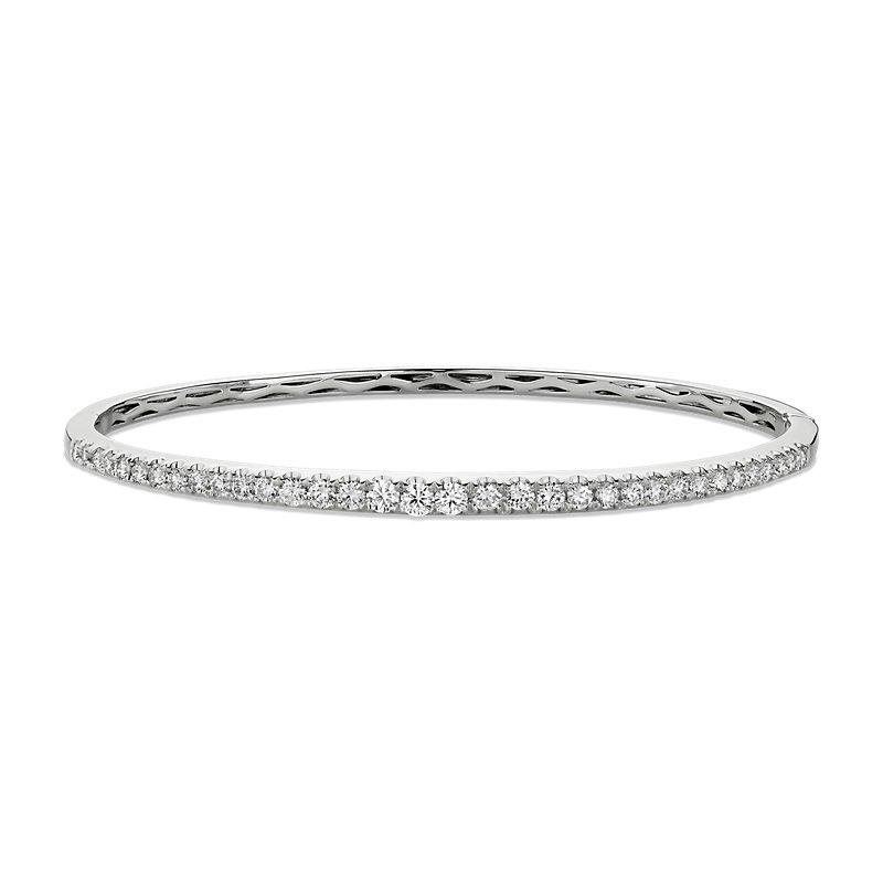 Diamond Bangle in 14k White Gold (1 1/10 ct. tw.)