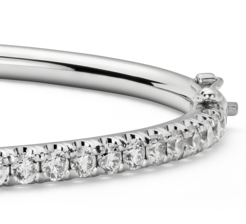 Jonc à charnière en diamants sertis pavé en or blanc 18carats (2,48carats, poids total)