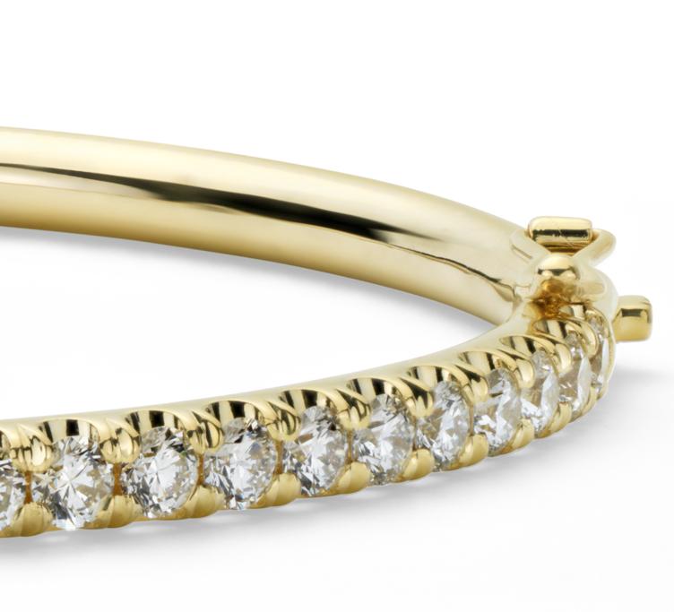 Esclava con bisagra y pavé de diamantes en oro amarillo de 18k (2,53 qt. total)