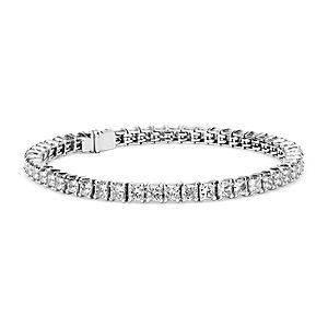 Brazalete de diamantes corte Princesa de talla ideal exclusivo de Blue Nile en platino (10 qt. total)