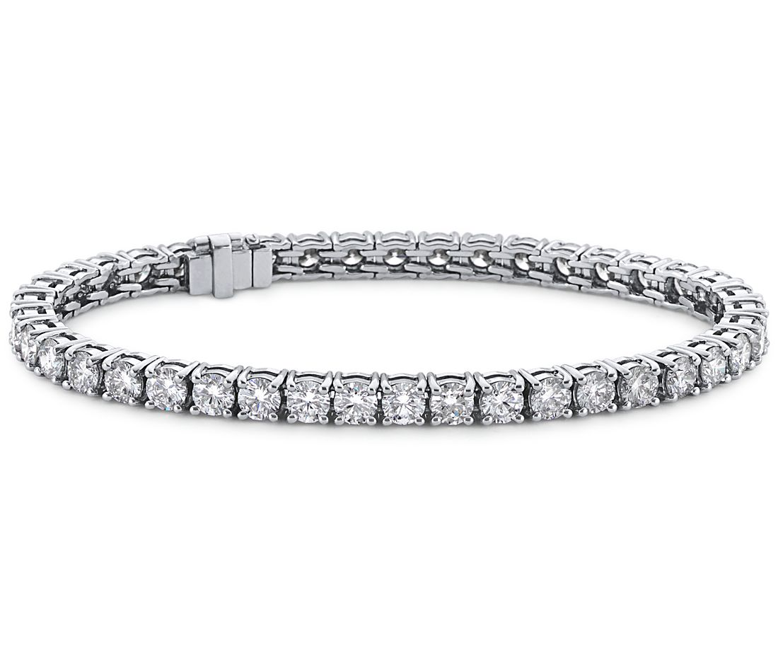 Brazalete de diamantes de talla ideal exclusivo de Blue Nile en platino (7 qt. total)