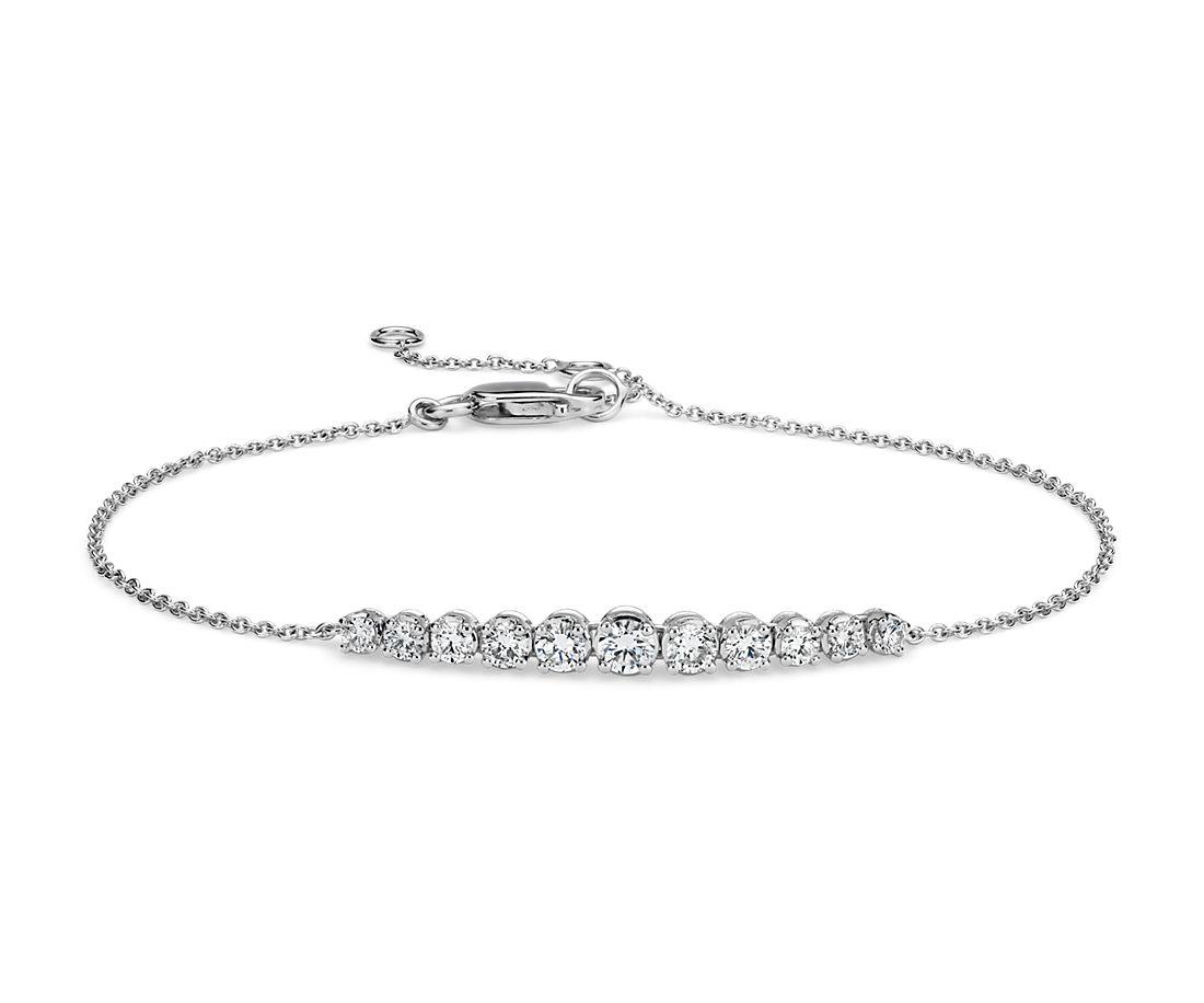 Diamond Graduated Curve Bracelet in 14k White Gold