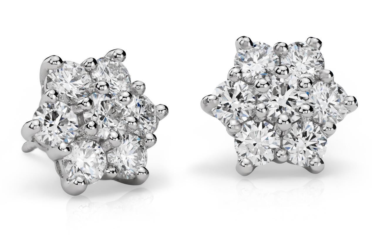 Aretes de diamantes exclusivos de Blue Nile en platino (2,30 qt. total)