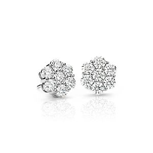Aretes florales de diamantes exclusivos de Blue Nile en platino (2,20 qt. total)