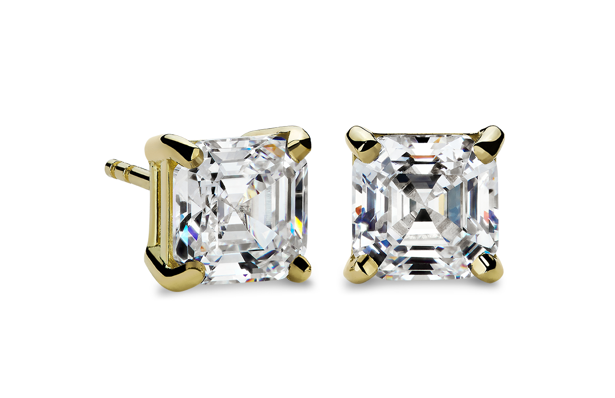 Four-Prong Earrings in 18k Yellow Gold
