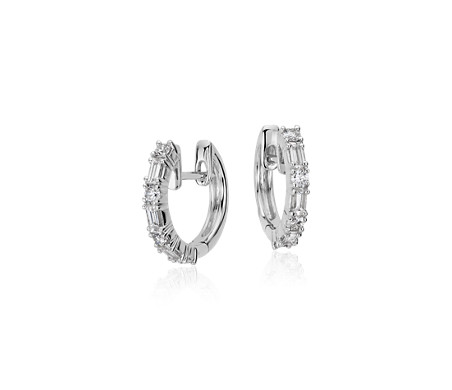 Blue Nile Petite Diamond Huggie Hoop Earrings in 14k White Gold (1/10 ct. tw.) 8A66di