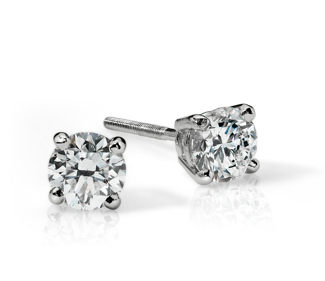 Diamond Stud Earrings in 18k White Gold (3/4 ct. tw.)