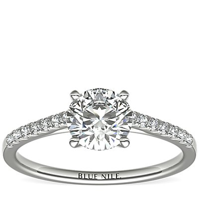18k 白金小巧大教堂密钉钻石订婚戒指<br>(1/6 克拉总重量)