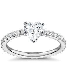 铂金钻石永恒订婚戒指<br>(3/8 克拉总重量)