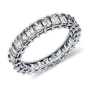 Bague d'éternité diamant taille émeraude en platine (3carats, poids total)