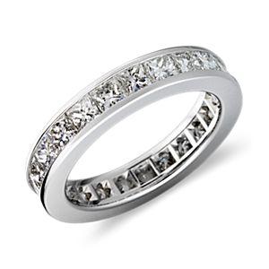 Bague d'éternité diamant taille princesse serti barrette en platine (3carats, poids total)
