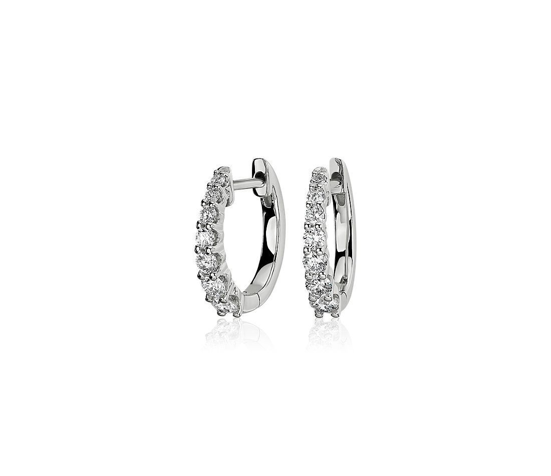 Diamond Graduated Hoop Earrings in 14k White Gold (0.53 ct. tw.)