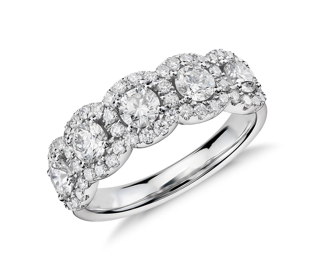 Bague en diamant halo à cinq pierres en or blanc 18 carats