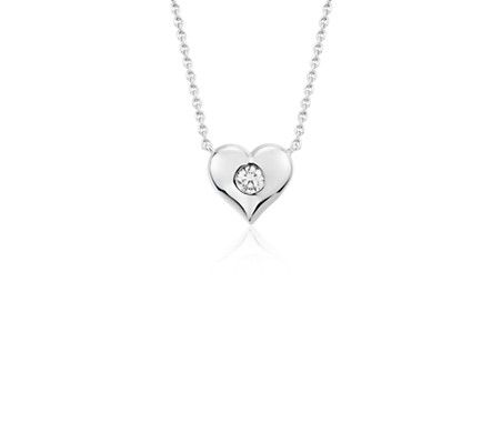 Blue Nile Petite Diamond Floral Pendant in 14k White Gold (1/6 ct. tw.) 0vX1m4