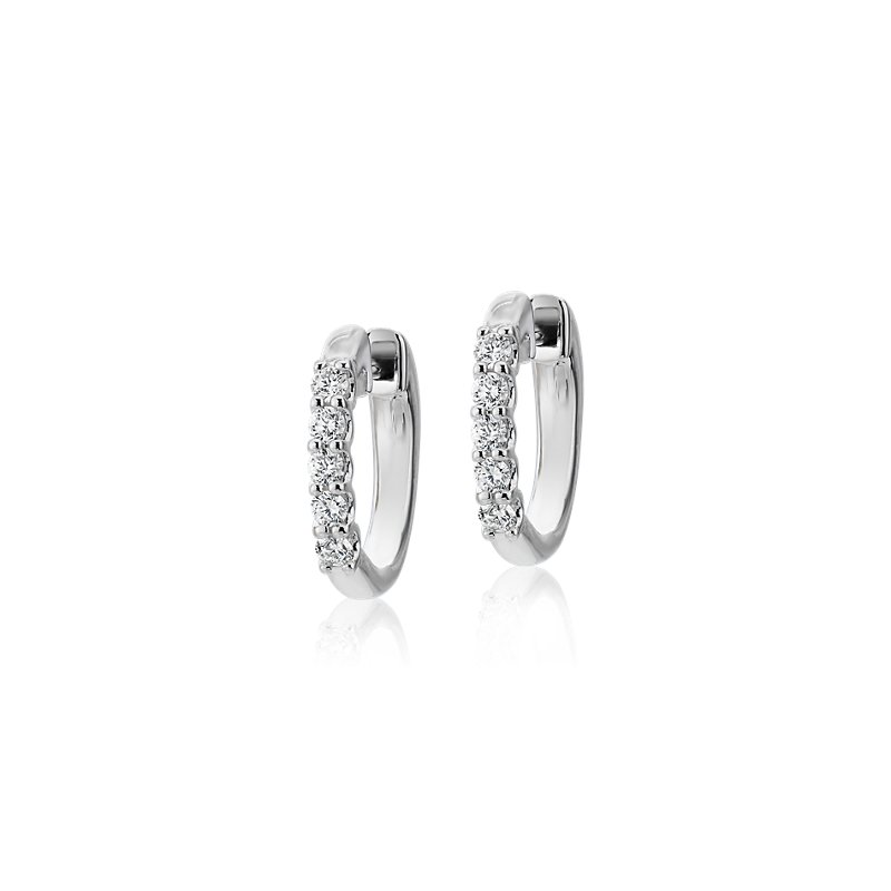 Diamond Hoop Earrings in 18k White Gold (1/4 ct. tw.)- G/SI