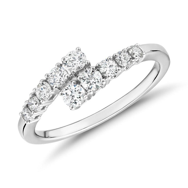 Diamond Linear Wrap Fashion Ring in 14k White Gold (1/2 ct. tw.)