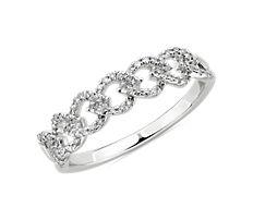 Diamond Link Fashion Ring in 14k White Gold (0.25 ct. tw.)
