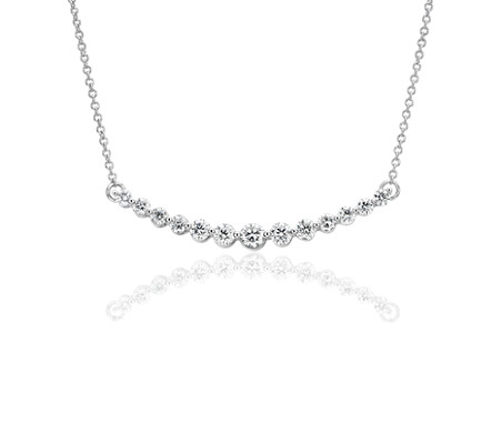 Collier barre de diamants incurvée en or blanc 18 carats (1 carat, poids total)