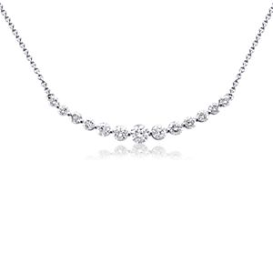 Diamond Curved Necklace in 18k White Gold (2 ct. tw.)