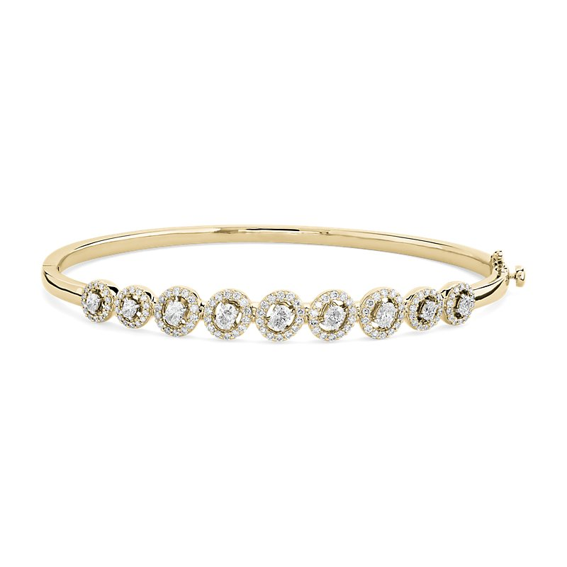 Diamond Oval Halo Bangle in 14k Yellow Gold (1 3/8 ct. tw.)