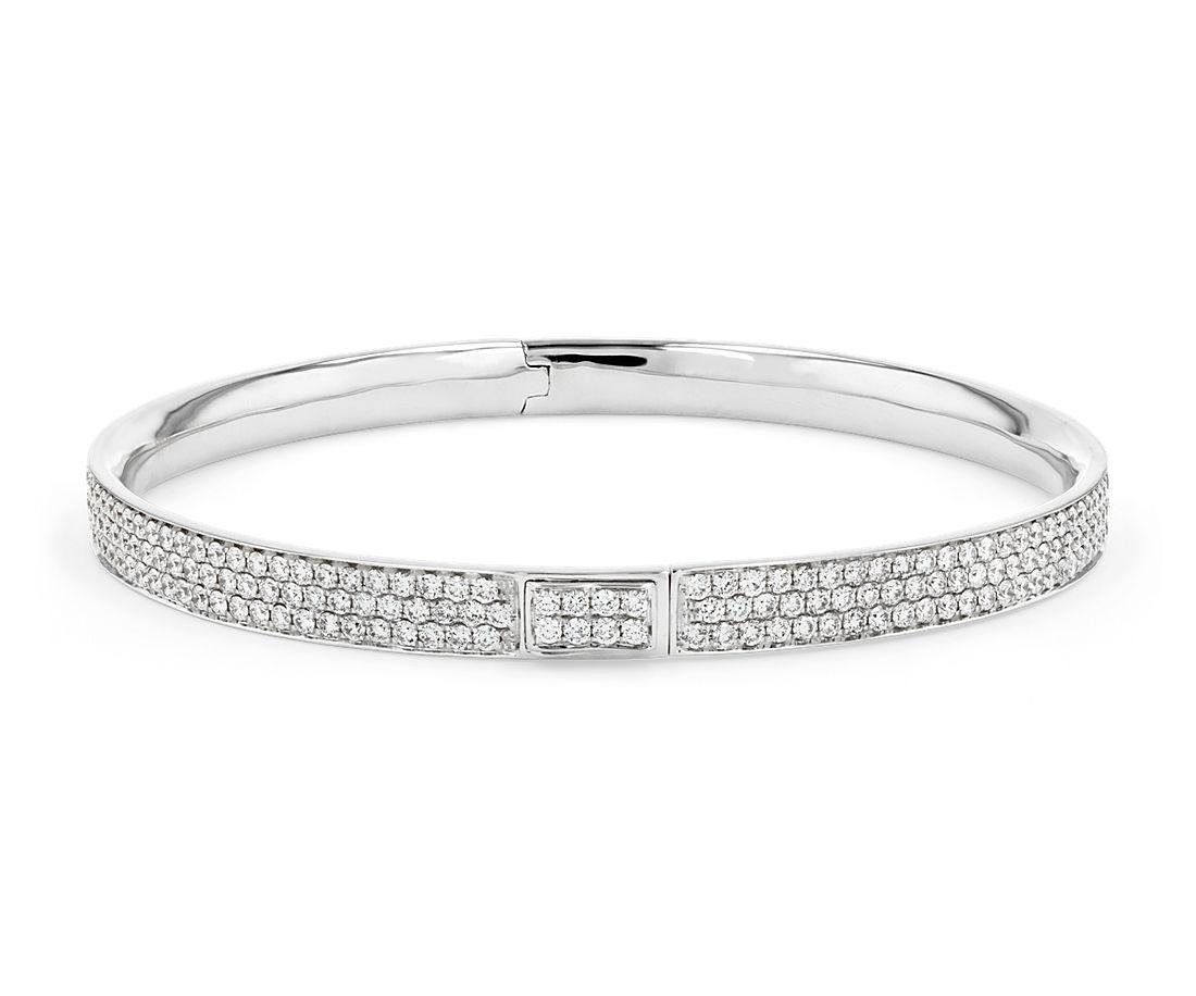 Bracelet jonc en diamants sertis pavé en or blanc 18carats (5carats, poids total)