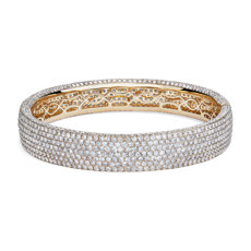 Diamond Pavé Bangle Bracelet in 18K Yellow Gold