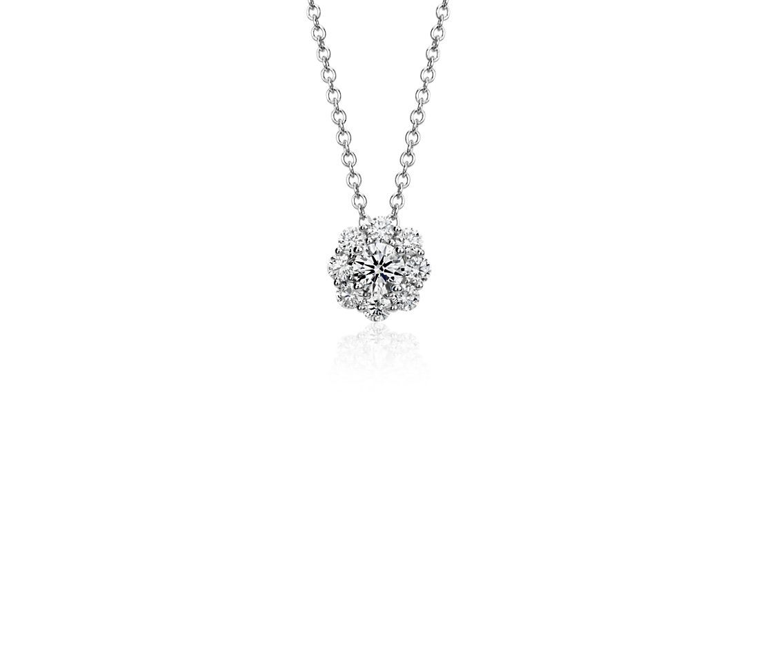 Flower Diamond Pendant in 18k White Gold