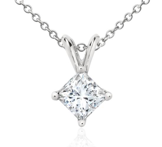 Princess-Cut Diamond Pendant in Platinum (3/4 ct. tw.)