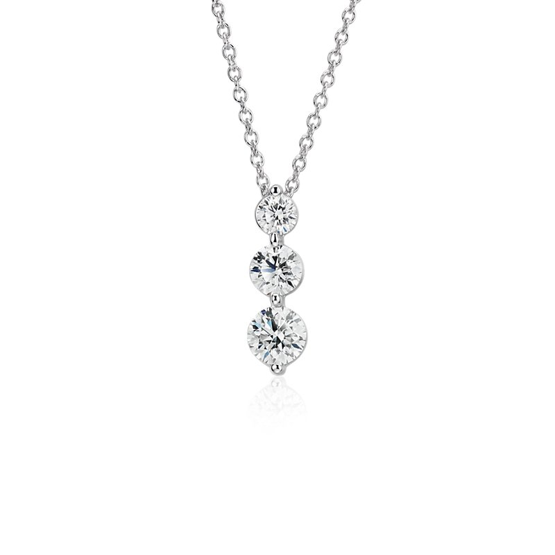 Three-Stone Drop Diamond Pendant in 18k White Gold (1 1/2 ct. tw.