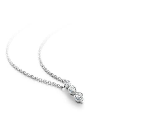 18k 白金 三石水滴狀鑽石吊墜<br>( 1/2 克拉總重量)