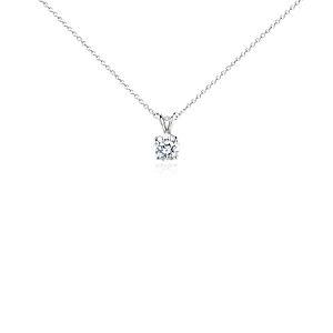 Colgante de diamante solitario en oro blanco de 18 k (1 1/2 qt. total)